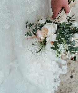 Bruidsboeket Peach/ White
